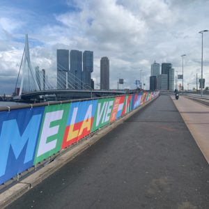 From an urban space to a festival city? Observations of Rotterdam during ESC2021